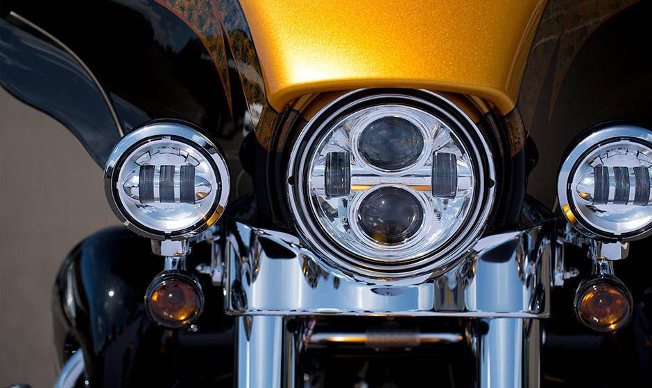 Harley-Davidson CVO Limited Price, Mileage, Review - Harley-Davidson Bikes