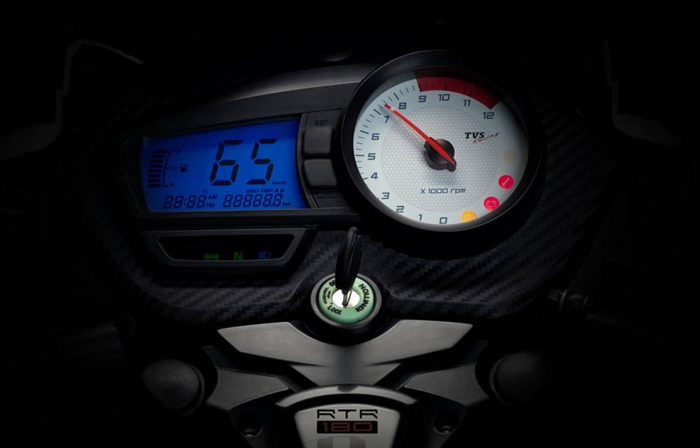 TVS Apache RTR 160 Price in Kolkata: Get On Road Price of