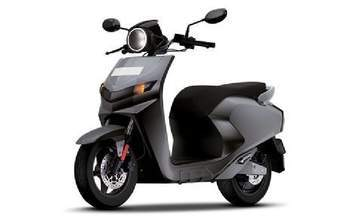 Piaggio To Launch Vespa Red Scooter In India Ndtv Carandbike