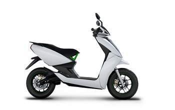 Piaggio Vespa 150 Price, Mileage, Review - Piaggio Bikes
