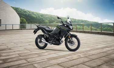 Kawasaki Versys X-300 Price, Mileage, Review - Kawasaki Bikes