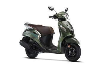 Compare Tvs Radeon Vs Yamaha Fascino Bikes Price Mileage Specs