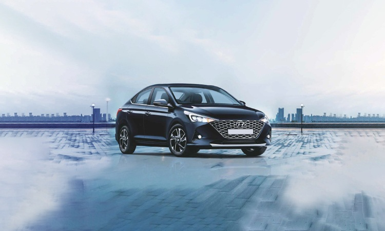 Hyundai Verna Price In India Images Mileage Features Reviews