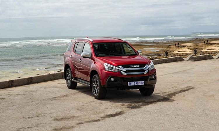 Isuzu MU-X Price in India, Images, Mileage, Features ...