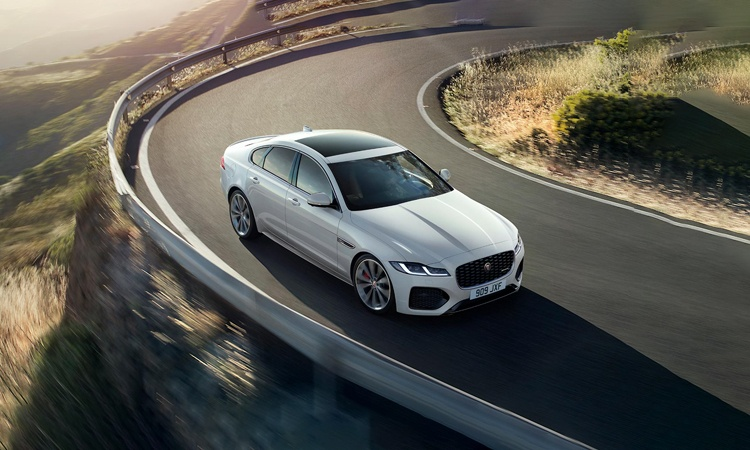 Superb Jaguar XF Images