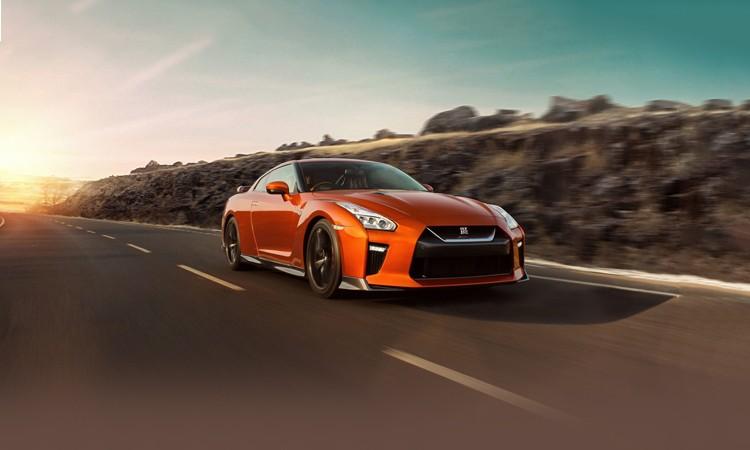 Nissan GT R Images