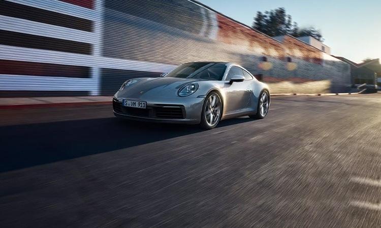 Porsche 911 Price in India, Images, Mileage, Features