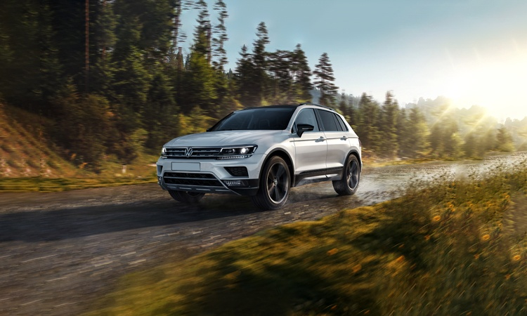 Volkswagen Tiguan Price in India, Images, Mileage ...