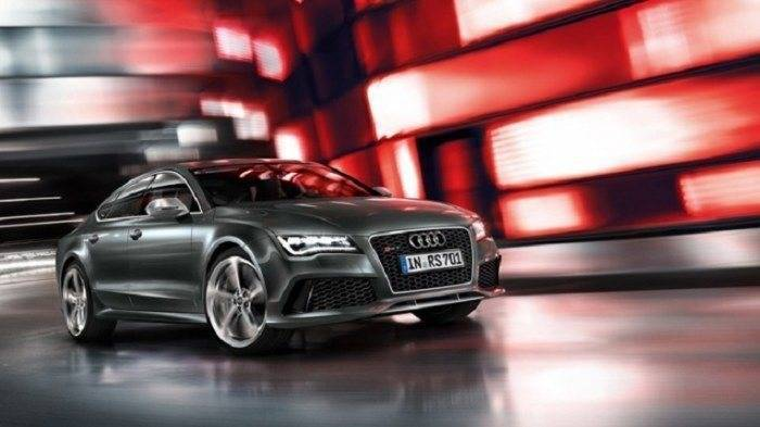 Audi rs7 on road price in india 11