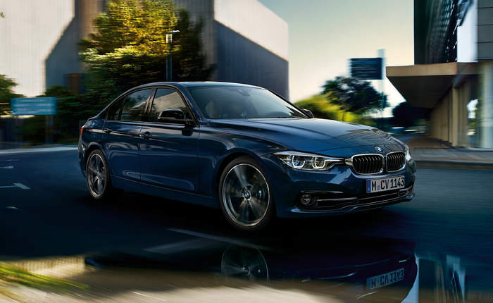 bmw 3 series 330i sport line price features car specifications. Black Bedroom Furniture Sets. Home Design Ideas