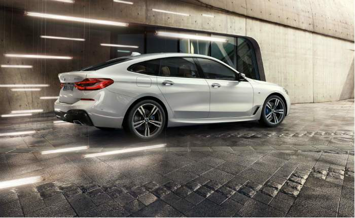 Bmw 6 Series Gran Turismo Price In New Delhi Get On Road Price Of