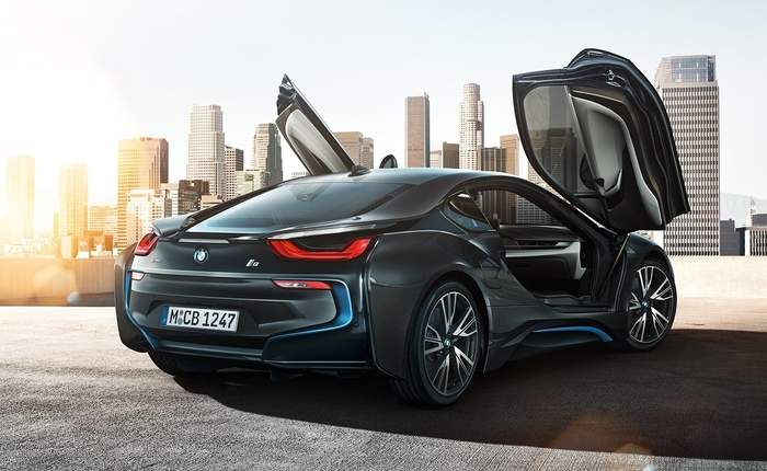 Bmw I8 Rear 3 4th View
