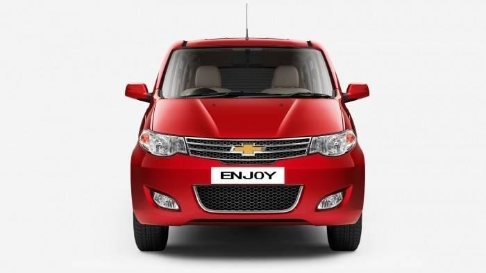 Chevrolet Enjoy 1 3 Tcdi Ls 7 Seater On Road Price Enjoy 1 3 Tcdi Ls 7 Seater Model Features Interior Carandbike
