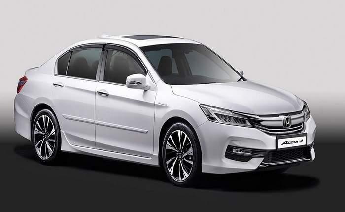 Honda Accord Front 3 4th View