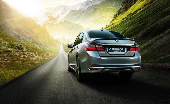 Honda Accord Rear 3 4th View
