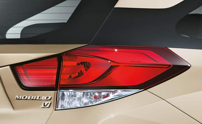 Honda Mobilio V O Petrol Price Features Car Specifications