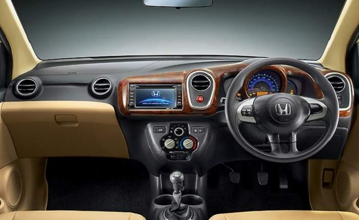 honda mobilio v diesel price features car specifications. Black Bedroom Furniture Sets. Home Design Ideas