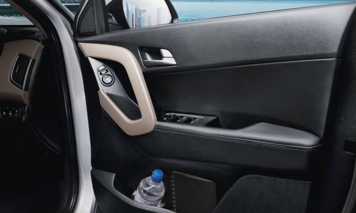 Hyundai creta 1 6 sx plus diesel at price features car for Creta sx o interior