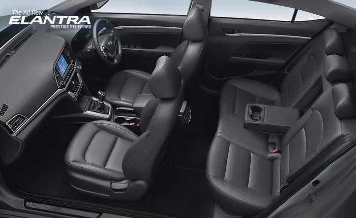 Hyundai elantra price in bangalore get on road price of hyundai elantra for Hyundai elantra interior colors