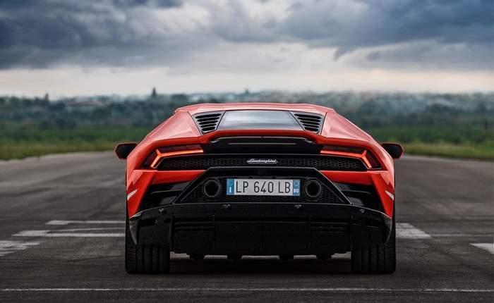 Lamborghini Huracan Price In India Images Mileage Features