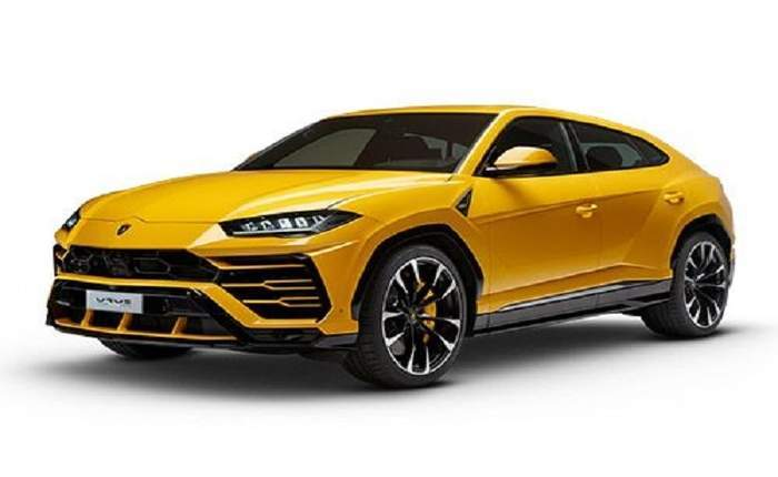 Lamborghini Urus Front Side Profile