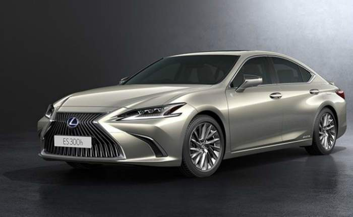 Lexus ES 300h Price, Features, Car Specifications