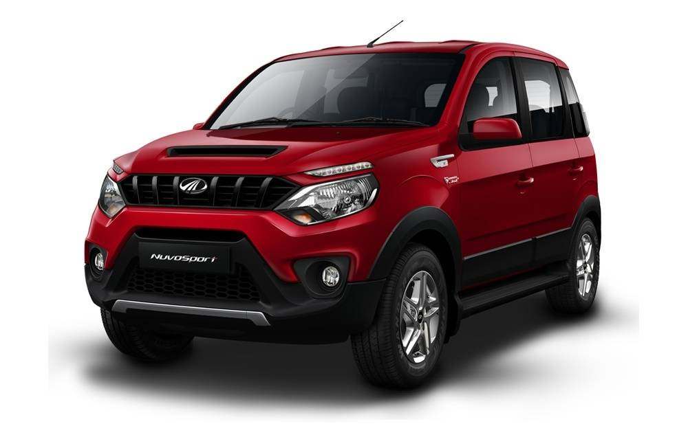 Mahindra Nuvosport Front Left Side