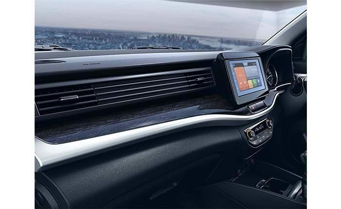 Maruti Suzuki XL6 Price in India, Images, Mileage, Features