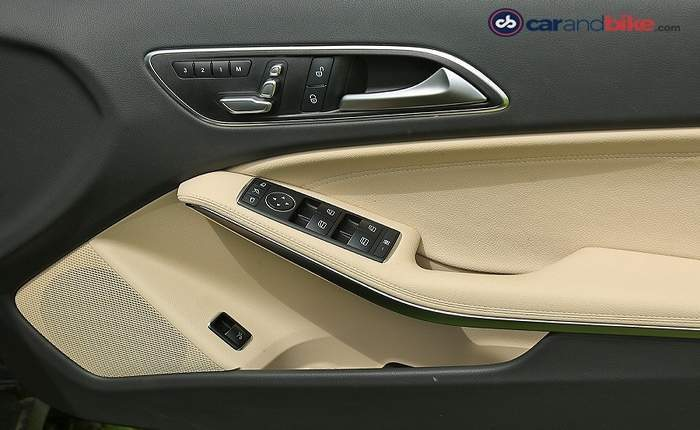 Mercedes benz gla 200 d style price features car for Mercedes benz gla class interior