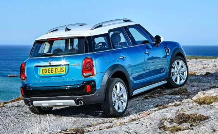 mini countryman one petrol price features car specifications. Black Bedroom Furniture Sets. Home Design Ideas