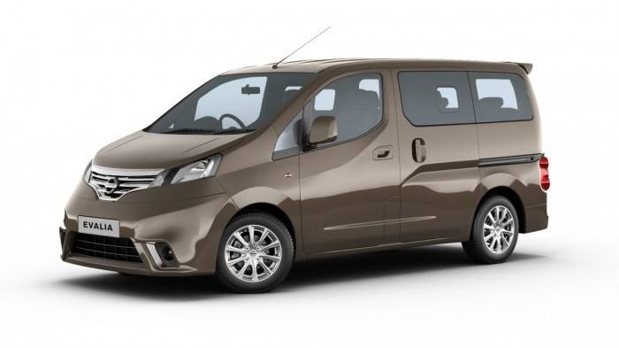 nissan evalia side view