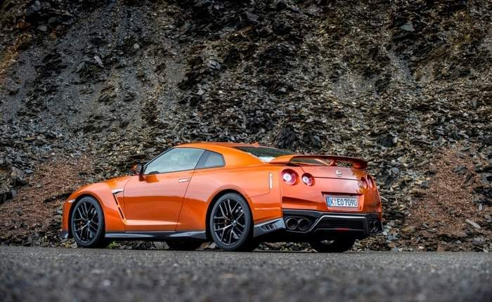 nissan gt r price in india images mileage features. Black Bedroom Furniture Sets. Home Design Ideas