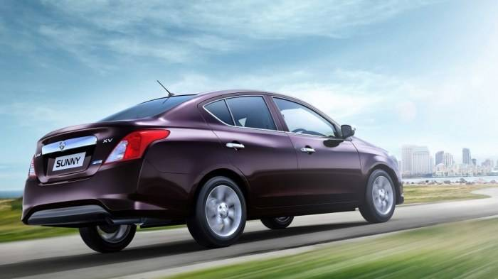 Nissan Sunny Rear 3 4th View