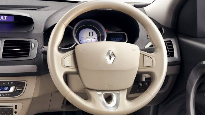 renault fluence 1 5 e2 price features car specifications. Black Bedroom Furniture Sets. Home Design Ideas
