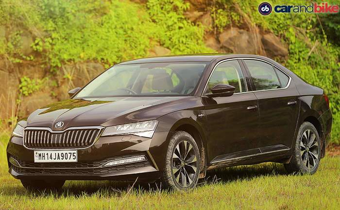 Skoda Superb Price in Pune - Check On Road Price of Superb