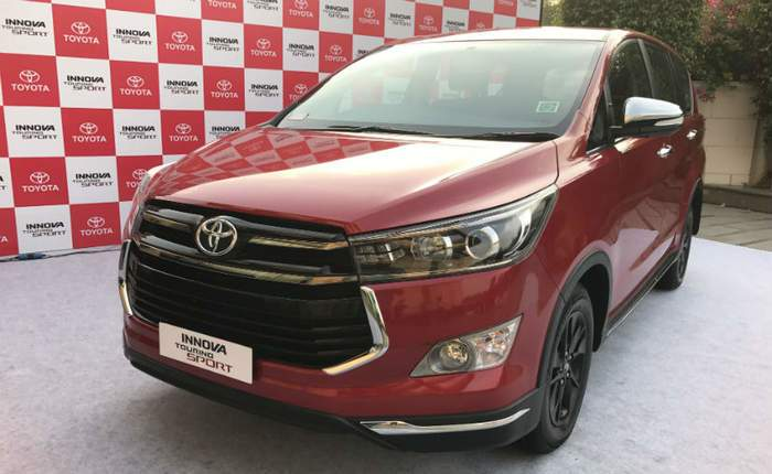 Toyota Innova Crysta Price In New Delhi Get On Road Price