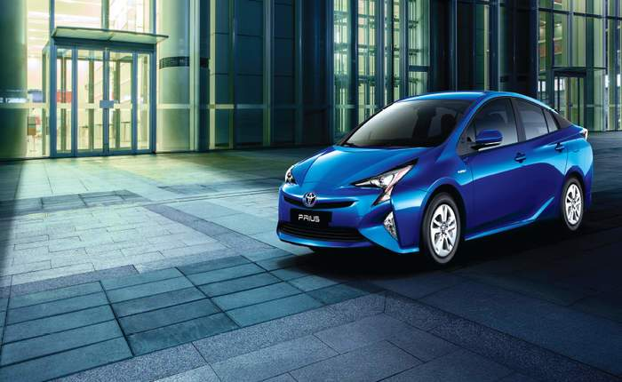 Toyota Prius Fourth Generation Front Side
