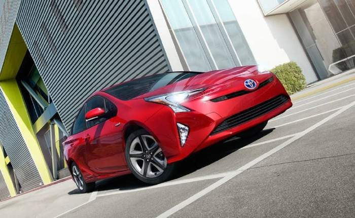 Toyota Prius Front Side