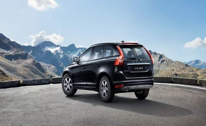 volvo xc60 d5 summum price features car specifications. Black Bedroom Furniture Sets. Home Design Ideas