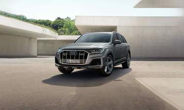 Audi Q7 Price Reviews and Specs