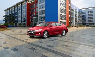 Hyundai Elantra Used Cars For Sale In Bangalore