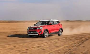 Mahindra KUV100 NXT Price in India, Images, Mileage, Features ... on