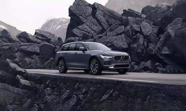 volvo v90 cross country crossover car